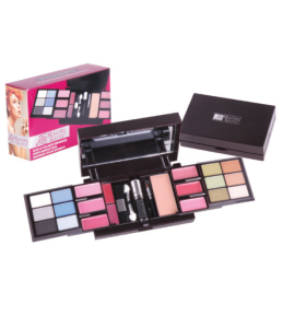Malibu Glitz 22 Eyeshadow/Lip/ Blush Set Dimensions: 4Lx11Wx3H (MG809)